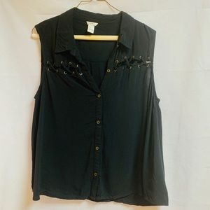 Forever 21 lace up Detail Button Down Sleeveless